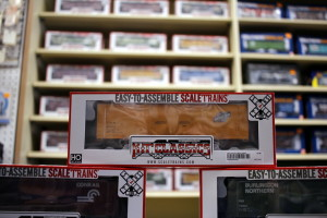 Kit Classics Scale Trains Display 3